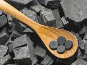 Польза и вред активированного угля для организма, применение, отзывы