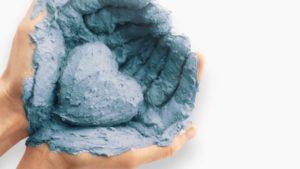Лечебные свойства голубой глины — состав, применение в рецептах для лечения и домашних косметических средств