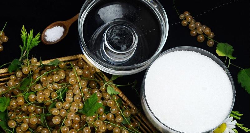 Рецепт белая смородина с сахаром. Калорийность, химический состав и пищевая ценность.