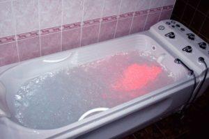 Радоновые ванны: что это такое, показания и противопоказания