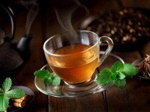 Чай из листьев смородины Настойка смородиновых листьев