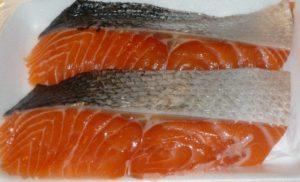 Рыба лосось атлантический или семга