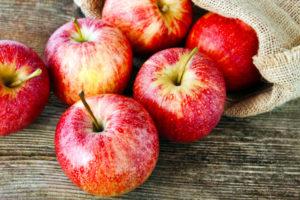 Яблоки – химический состав, польза и вред для организма
