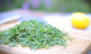 Можно ли беременным тархун траву