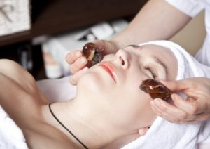 Улитки для лица: польза и лечебные свойства слизи ахатины