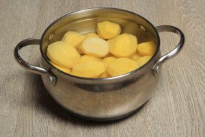 Черная картошка полезные свойства и противопоказания