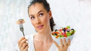 Какую рыбу можно есть при повышенном холестерине: скумбрию, семгу, сельдь?