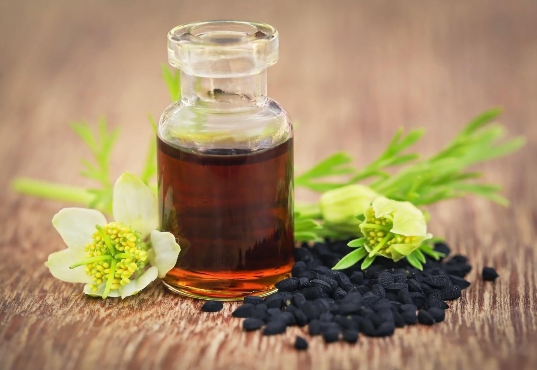 Масло черного тмина: польза и вред, применение и отзывы врачей