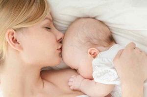 Польза грудного молока для ребенка по месяцам
