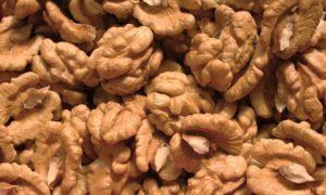 Грецкий орех польза и вред для организма для женщин и мужчин