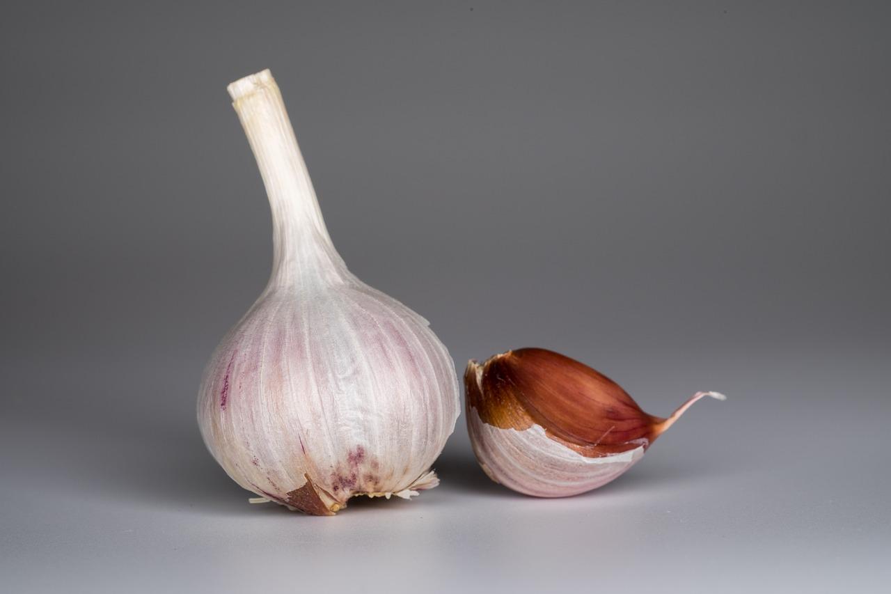 Чеснок – полезные свойства, состав и противопоказания