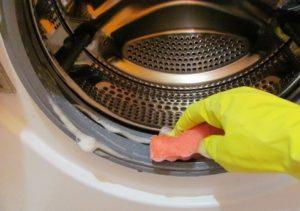 Запах в стиральной машине: как избавиться в домашних условиях
