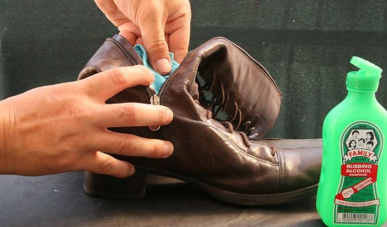 Дезинфекция обуви при грибке ногтей