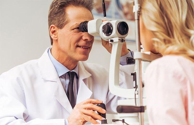 Как избавиться от дергания глаза