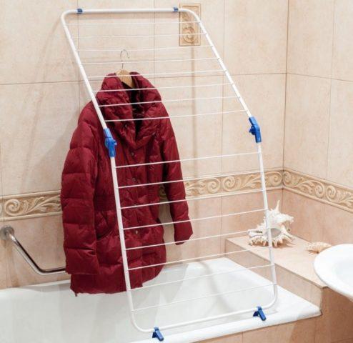 Как стирать куртку на синтепоне в домашних условиях?