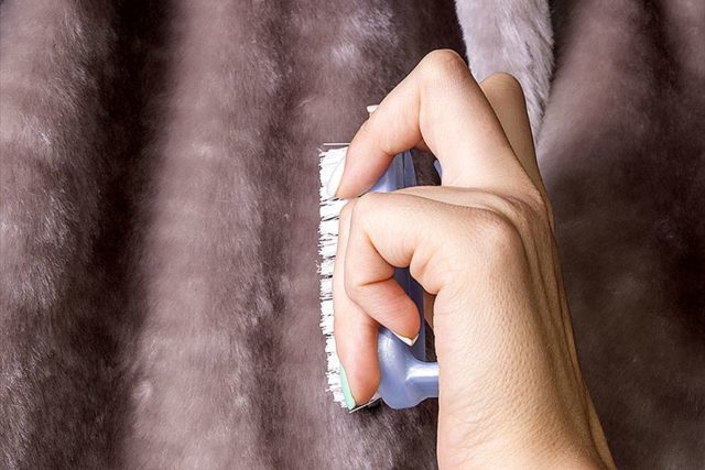 Как почистить мутоновую шубу в домашних условиях