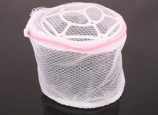 Как правильно стирать плиссированные вещи